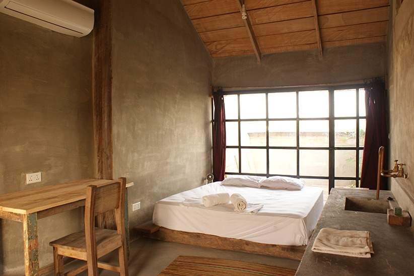 somewhere nice hostel loft room